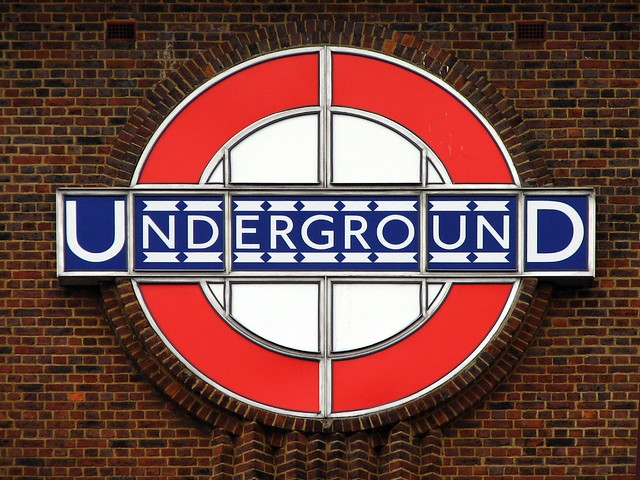 London UndergrounD Roundel | Flickr - Photo Sharing!
