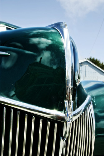 classic ford car automobile deluxe