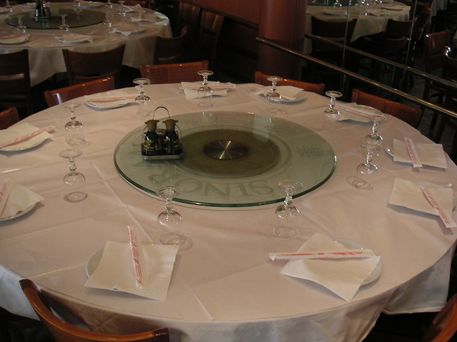 table plateau tournant au restaurant chinois sinorama flickr photo sharing. Black Bedroom Furniture Sets. Home Design Ideas