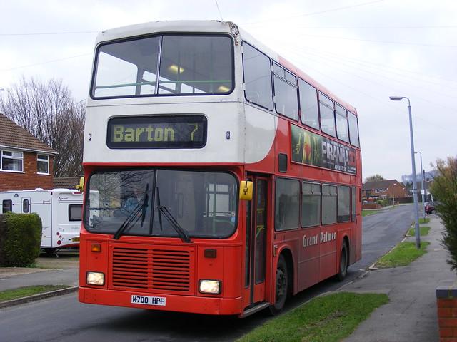 Grant Palmer Ltd . Dunstable , Bedfordshire . M700HPF . Barton-le-Clay , Bedfordshire . 17th-November-2011