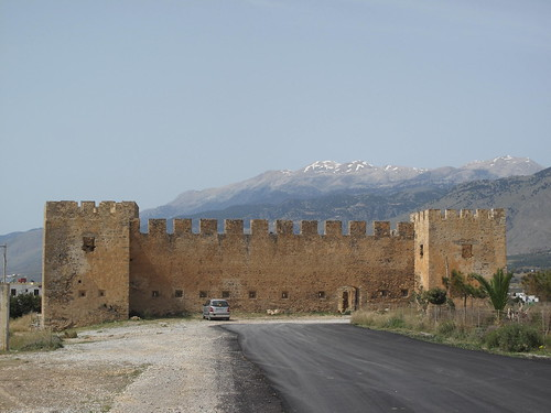 FRAGOKASTELLO - The Fortress with the Best Location in Crete