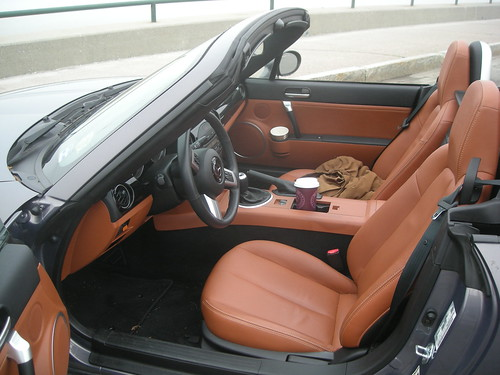 review mazda mx 5 3 months on jcm 39 s blog. Black Bedroom Furniture Sets. Home Design Ideas