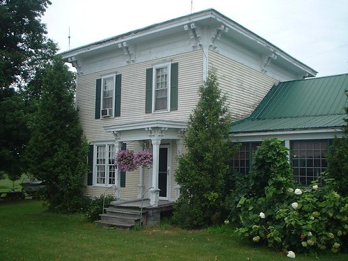 Church house in Canton.JPG