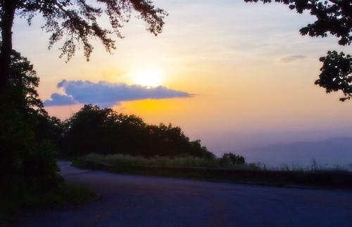 skyline drive sunriseonskyline