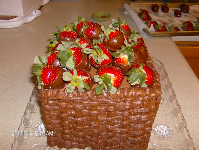 Basket weave cake w/ strawberries | Flickr - Photo Sharing!