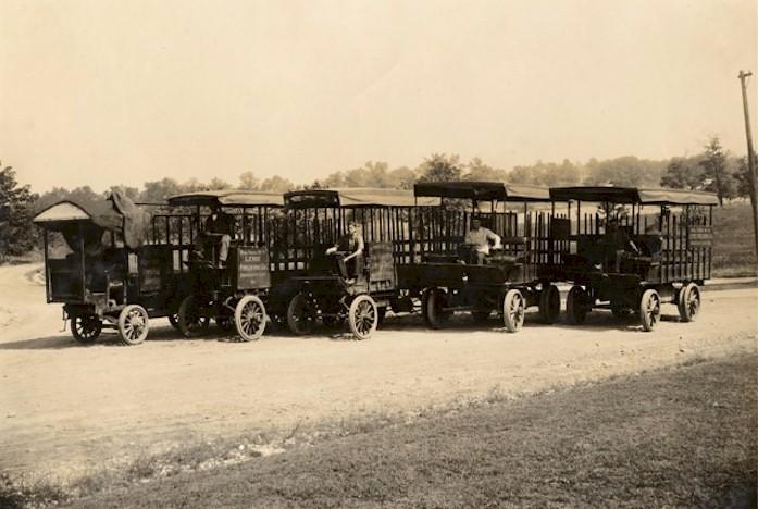 1906-1912   Photo Gibbs Electric Trucks -Lewis Publishing Company, City of University City, St. Louis Co., MO
