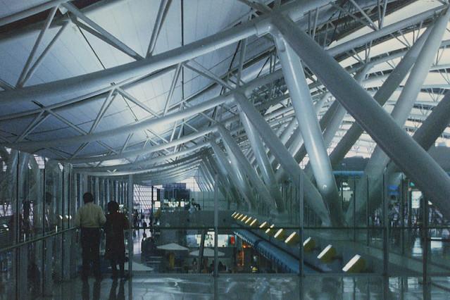 Aeroporto Osaka Renzo Piano : Renzo piano kansai international terminal osaka a