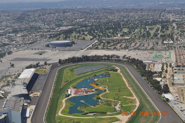 hollywood race track
