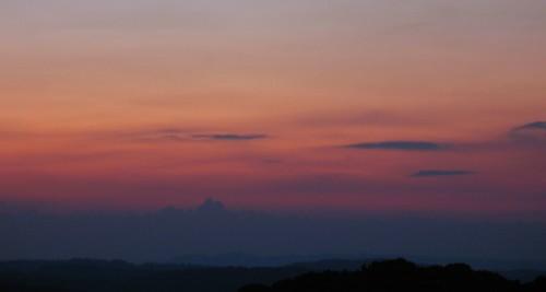 sunset sun mist mountain sol virginia haze dusk hill blueridgeparkway blueridge rockyknob theparadigmshifter