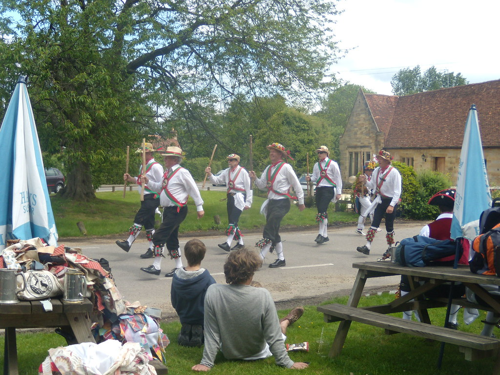 Morrismen - Dorset Arms The not-so-posh lot. Ashurst Circular