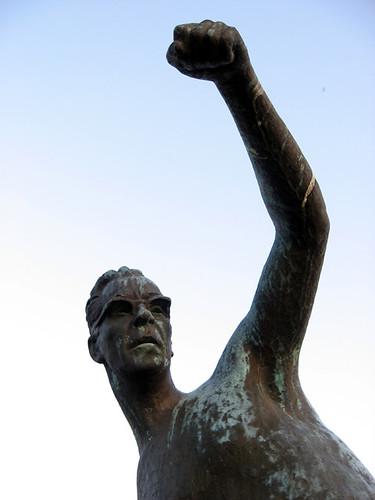 sunset sculpture art sports statue kallio glory thrower pori javelin kalervo
