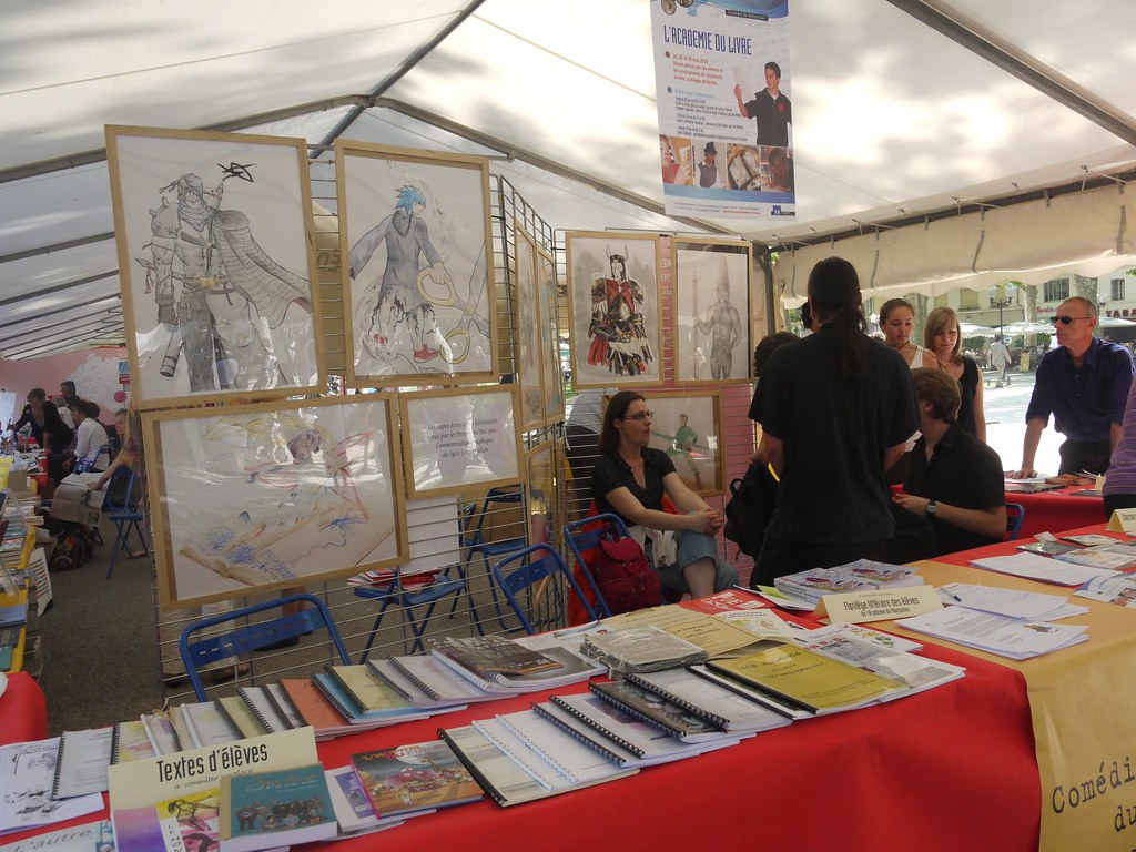 related image - Comédie du Livre 2010 - Vue d'ensemble - P1380877