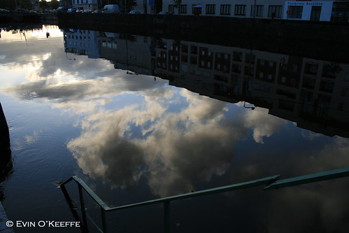 Partly Cloudy At High Tide