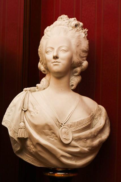 Club 33's Marie Antoinette bust
