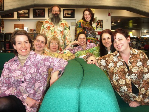 Librarians in smocks - Green sofa
