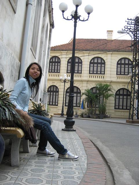 behind Nha Tho Lon