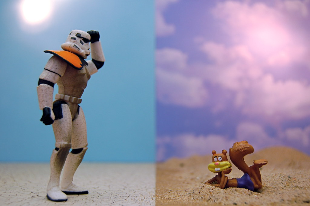 Sandtrooper vs. Sandy Cheeks (300/365)