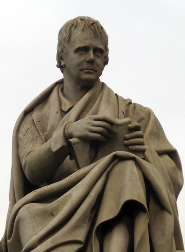 Statue of Sir Walter Scott, Princes Street, Edinburgh / CC-BY-SA
