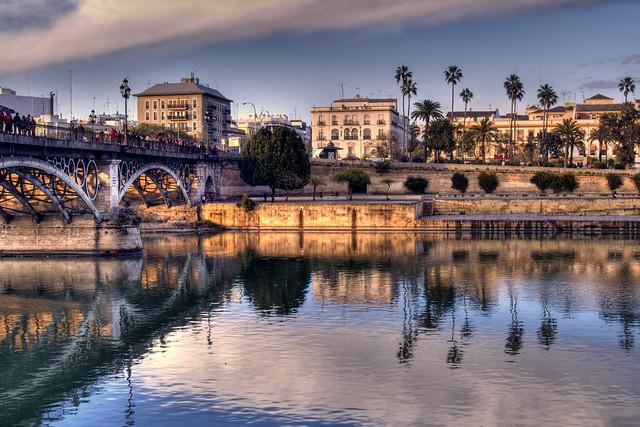 32-Puente de Triana, Sevilla.