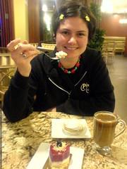 rachel having dessert before seeing the film '1408' …