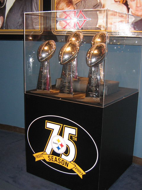 Steelers Vince Lombardi Trophies - 136.1KB
