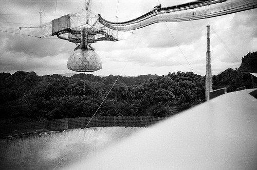 camera trip travel vacation bw white holiday black film 35mm geotagged puerto lomo lca lomography dish kodak satellite trix rico arecibo observatory 400 caribbean russian reflector automat kompakt ломо bransen nospringchicken samuelsen лќа