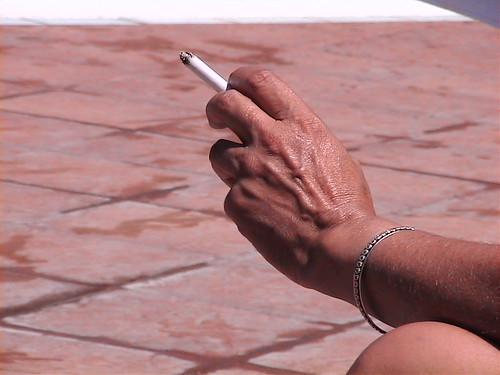 Tabaco; el enemigo de las encías