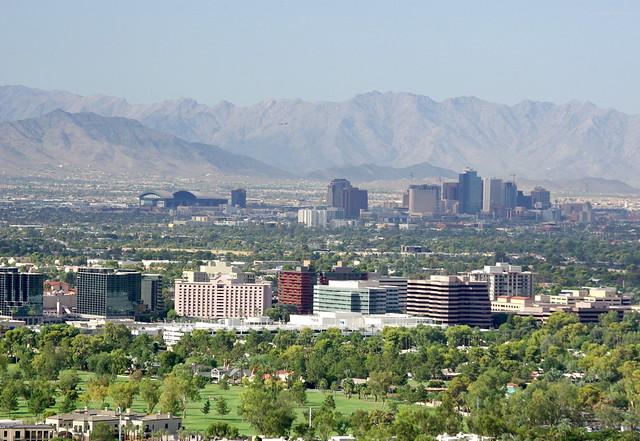 lado bom e ruim de morar em Phoenix Arizona