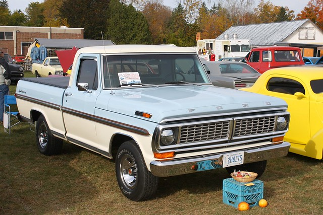 1970 Ford F-100 Sport Custom Styleside pickup