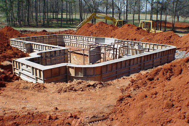 Concrete swimming pool construction flickr photo sharing for Concrete swimming pool construction