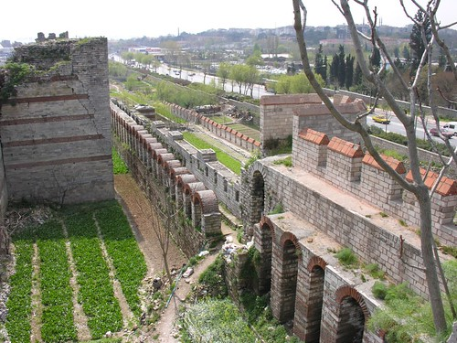 Theodosius fal