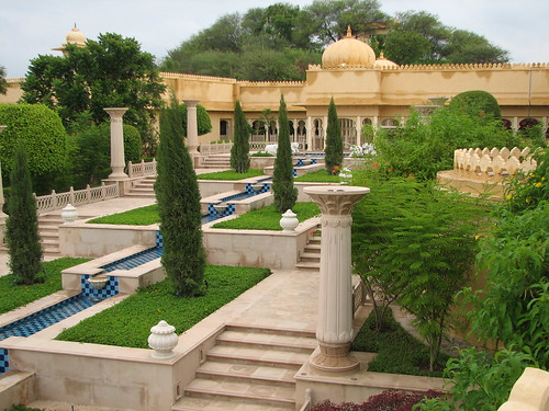 india geotagged hotel 5star oberoi rajasthan udaipur 1174 udaivilas geo:lat=2457739900073405 geo:lon=7367190792491033