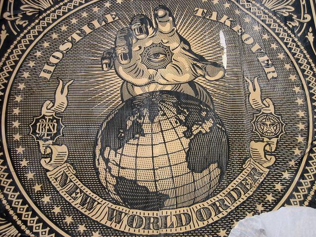 monde - Les Coulisses du Nouvel Ordre Mondial 737478246_28b385a845_z