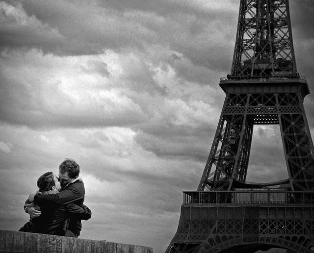 Le Baiser de la Tour Eiffel