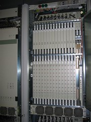 personal computer hardware(0.0), machine(1.0), electronic device(1.0), server(1.0), electrical wiring(1.0), computer cluster(1.0),