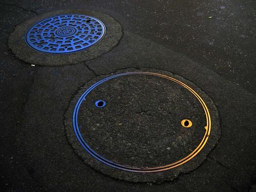 manhole01