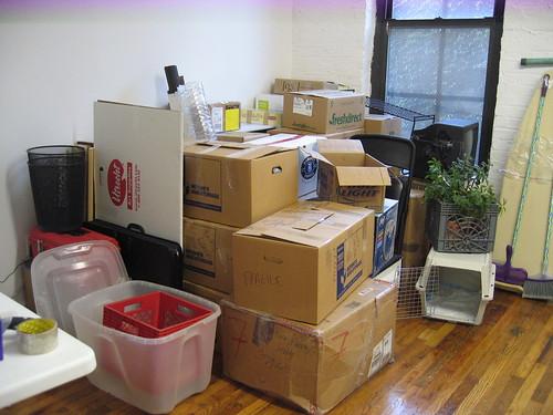 Zawartość kartonów przeprowadzkowych - czy warto ją zdradzać
