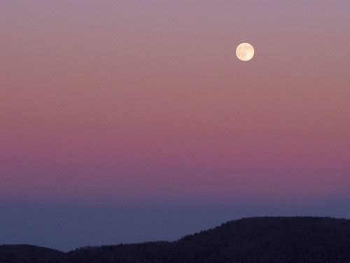 sunset moon landscape northcarolina fullmoon blueridgeparkway westernnorthcarolina southernappalachians ccbyncsa canonpowershotsx10is
