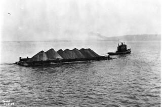 Self-dumping barge, 1929