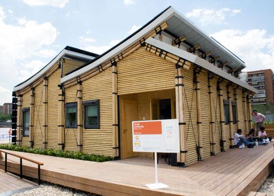 Costruzioni di Bambù per Fronteggiare l'Emergenza Abitativa