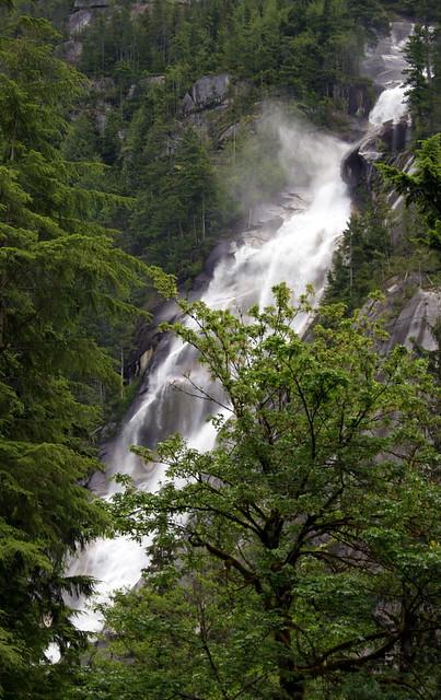 Shannon Falls - Squamish - BC - Canada