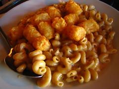 produce(0.0), italian food(1.0), pasta(1.0), macaroni(1.0), food(1.0), dish(1.0), cuisine(1.0),