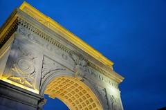 Washington Square Arch, Night