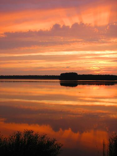 summer orange lake reflection nature water clouds suomi finland scenery august oulu maisema vesi kesä luonto pilvet järvi heijastus naturesfinest oranssi elokuu kuivasjärvi ultimateshot onlyyourbestshots diamondclassphotographer thegoldenmermaid