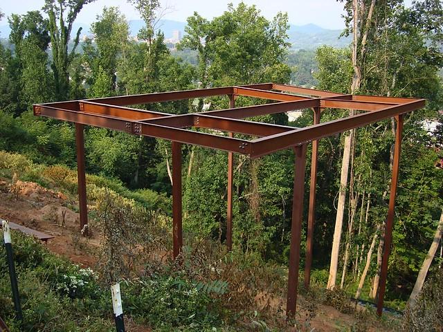1121085610 2aead066df for Stilt house foundation