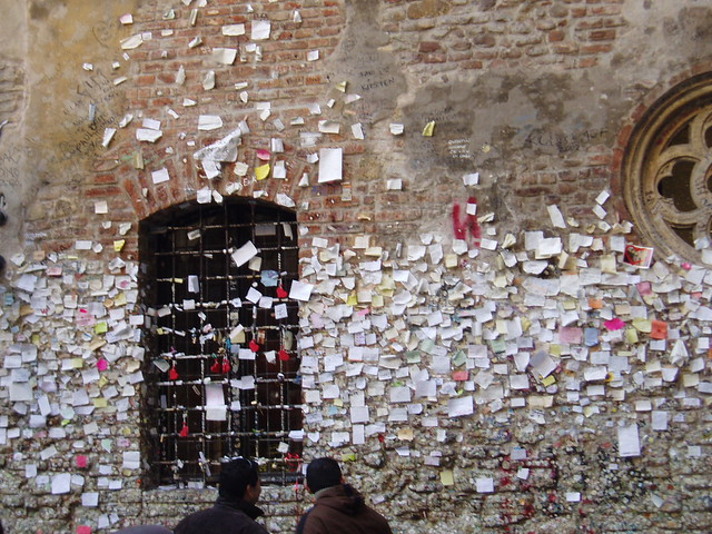 Love Note Requests On Juliets Wall Verona Italy