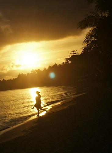 sunset beach silhouette fiji sand waves pacharbour