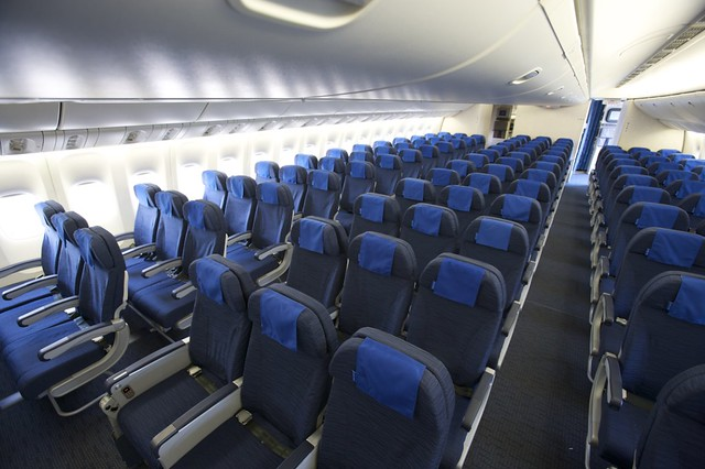 United Airlines Boeing 777 New Economy cabin Interior ...