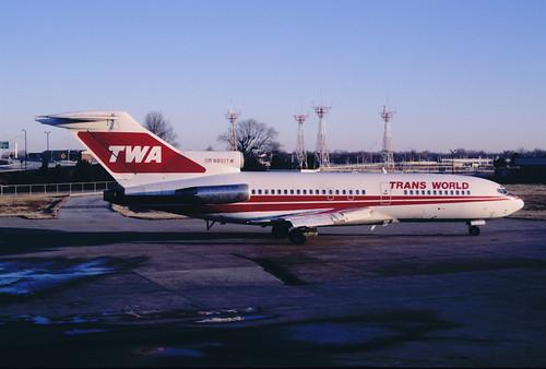 TWA Boeing 727-31; N851TW, April 1989/ DTZ