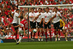 [Free Images] Sports, Ball Games, Robin van Persie, Arsenal F.C., Association Football ID:201209101800